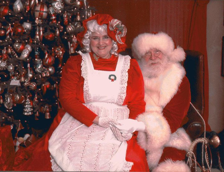 Storyteller Mrs. Claus Dallas